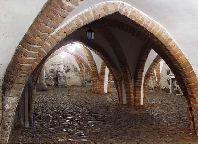 Piwnice lidzbarskiego zamku - full image