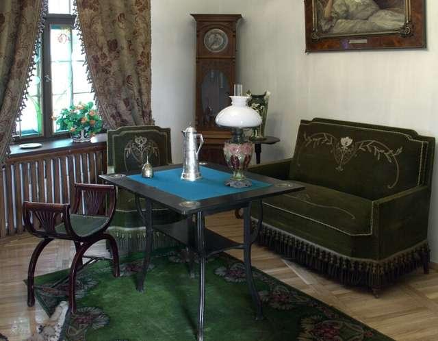 Wnętrza stylowe  (I piętro) - wystawa stała. - full image