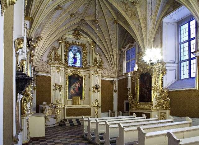 Konferencja prasowa - Zakończenie prac przy ołtarzu kaplicy zamkowej - full image