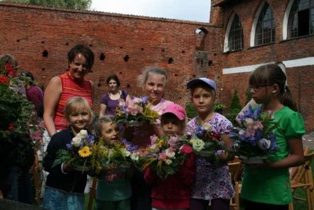 Floryści Dzieciom - full image