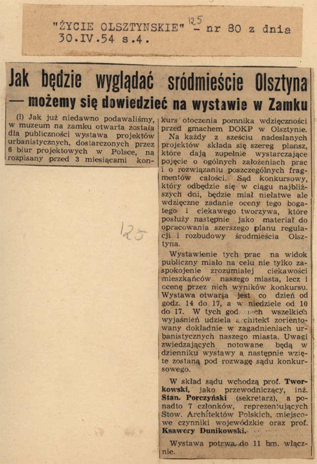 """""""Życie Olsztyńskie"""" opisuje okoliczności zorganizowania wystawy projektów urbanistycznych otoczenia pomnika wdzięczności przed gmachem DOKP. - full image"""