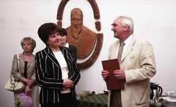 W Sali Kromerowskiej na olsztyńskim zamku odbyło się uroczyste pożegnanie odchodzącej na emeryturę starszej księgowej Krystyny Wróbel.
