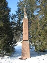 Muzeum Warmii i Mazur udostępniło konserwatorowi kamienia Mirosławowi Cholewce głowę figury Chrystusa z Pajtuńskiego Młyna