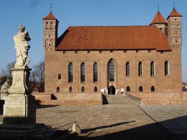 Zamek ożywa — dzień otwarty na lidzbarskim zamku - full image