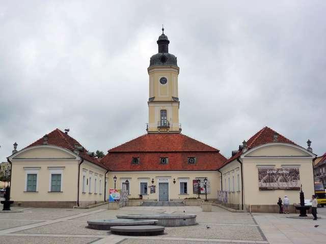 W Muzeum Podlaskim w Białymstoku odbyło się otwarcie wystawy pt.: Ikonografia miast pobrzeża Bałtyku (połowa XVI – połowa XIX wieku).   - full image