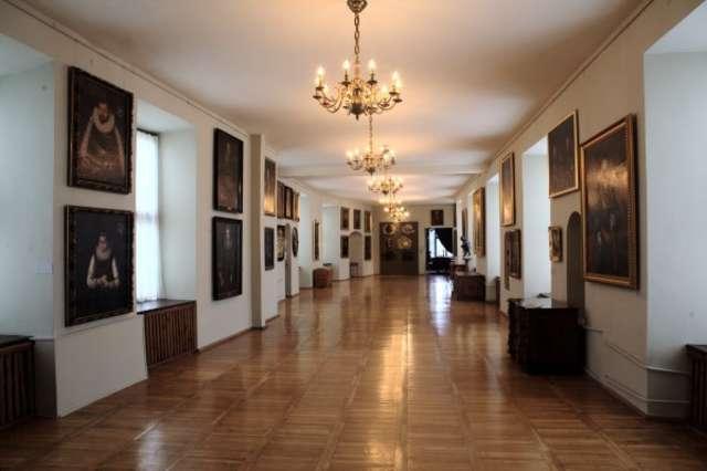 Udostępniono publiczności wystawy pt.: Portret szlachty pruskiej XVIII–XIX w.  - full image