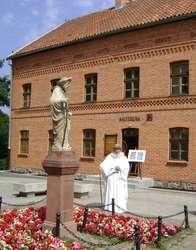 """""""Niedziela w Muzeum ze św. Jakubem"""". Dom """"Gazety Olsztyńskiej""""."""