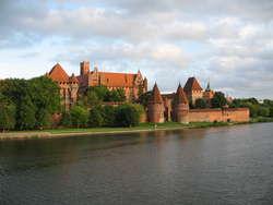 Odbył się wernisaż wystawy pt.: Fundacje artystyczne na terenie państwa krzyżackiego w Prusach.