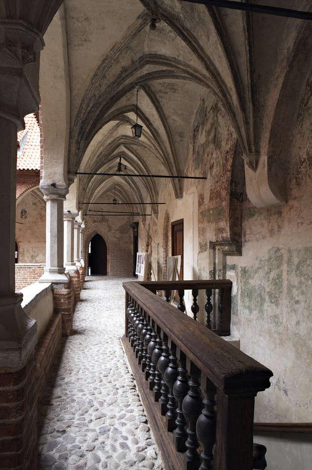 Kontynuacja prac rewitalizacyjnych zamku biskupów warmińskich – II projekt norweski.  - full image