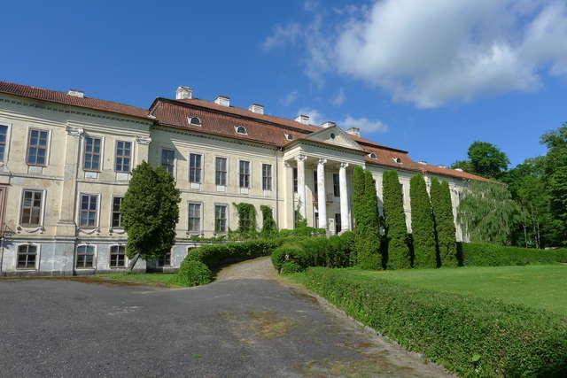Pałac w Drogoszach - full image