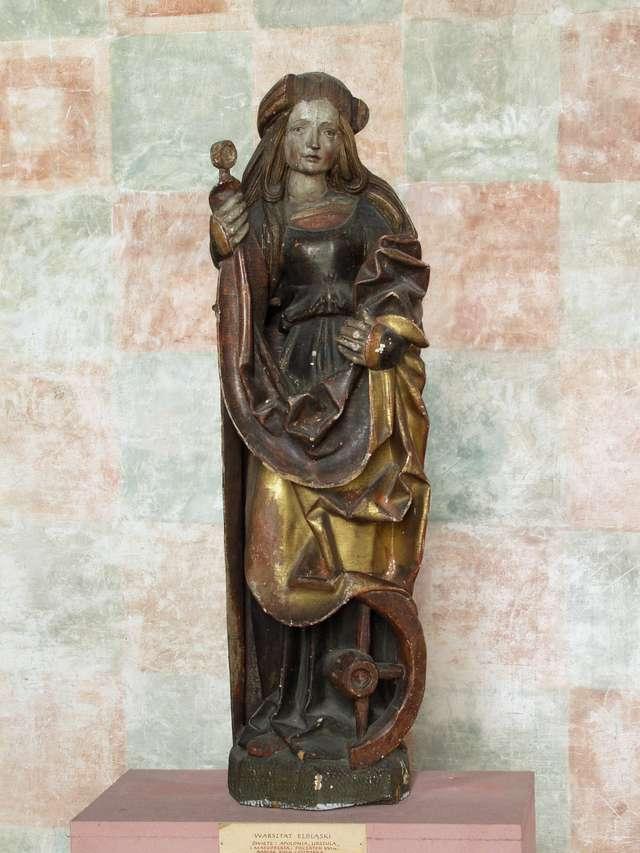 Wróciło z Krakowa pięć rzeźb późnogotyckich, które Muzeum Warmii i Mazur wypożyczyło na wystawę pt.: Wokół Wita Stwosza.  - full image