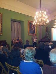 Podczas Jesieni Poetyckiej w Muzeum im. J.G.Herdera w Morągu polscy i niemieccy pisarze i poeci czytali fragmenty swoich utworów i dyskutowali nad nimi z publicznością.