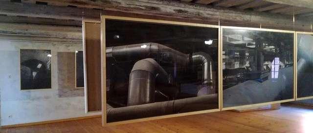 Ulotny, ceglany pył... wystawa fotografii, Marzena Huculak, Janusz Połom - full image