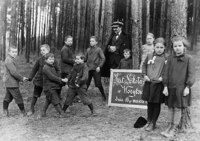 Przyznając się do polskości. Szkoły polskie na Warmii i Mazurach 1929–1939 - full image