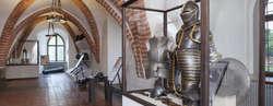 Uzbrojenie zaczepne i obronne od XIV do XX wieku ze zbiorów MWiM