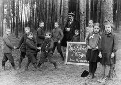 Przyznając się do polskości. Szkoły polskie na Warmii i Mazurach 1929–1939