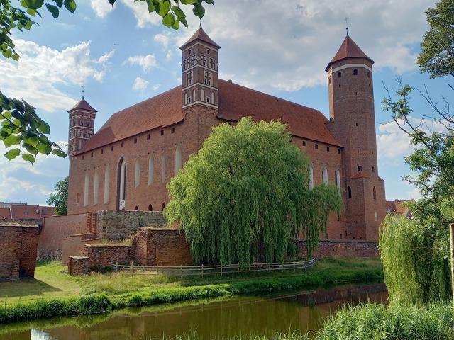 Zamek w Lidzbarku Warmińskim - full image